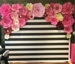 Paper Flower Photo Booth Backdrop Diy Kate Spade Photo Booth Backdrop Made With Paper Flowers By
