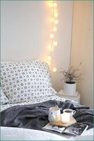 Schlafzimmer Deko Lichterkette Und Kopfteil Bett Theluckystone
