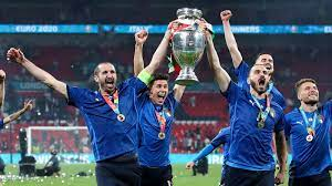 EM 2020: Bonucci und Chiellini - die Senatoren Italiens - EURO 2020 -  Fußball - sportschau.de