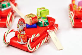 diy candy sleigh