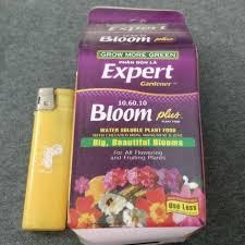 expert gardener bloom plus food 10 60