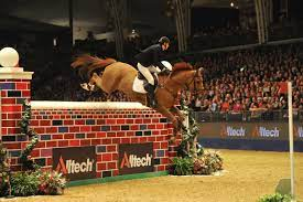 Verlooy and Meyer Share Top Billing in Christmas Puissance at Olympia –  NOËLLE FLOYD