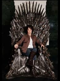 life size iron throne id love to steal this life size iron throne from game of thrones