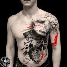 мужская тату треш полька на плече груди и животе фото татуировок