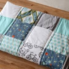 how to make a sweet baby quilt | craftgawker & ... How to Make a Sweet Baby Quilt Adamdwight.com
