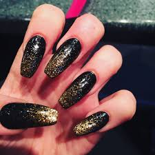 best galleries of the gold and black nail art
