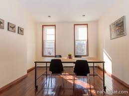 New York 4 Bedroom Roommate Share Apartment   Living Room