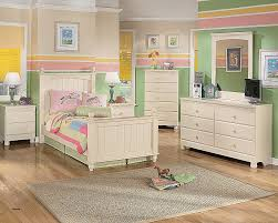 All White Bedroom Furniture Interesting Decorating Design