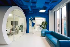 architects office interiors. OPTIMEDIA Media Agency Office / Nefa Architects, © Ilya Ivanov Architects Interiors