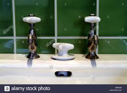 Waschbecken Detail Armaturen In Eine Altmodische Art Und