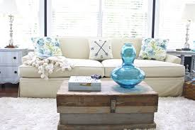 sunroom decor. Sunroom Decor For Summer. Touches Of Aqua And Turquoise Summer In The Living N