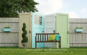 Image Front Yard Old Doors Diy Outdoor Privacy Screen Don Pedro 27 Awesome Diy Outdoor Privacy Screen Ideas With Picture