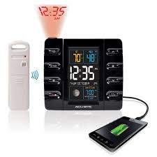 acurite projection clock with usb charger temperature 13020