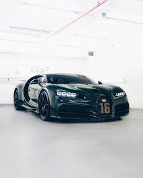 Bugatti cars are known for their design beauty and for their many race victories. British Racing Green Chiron Sport O Nbsp Nbsp Supercar Nbsp Nbsp Owner Nbsp Nbsp Kbnghanim Nbsp Nb Sportwagen Bugatti Veyron Exotische Autos