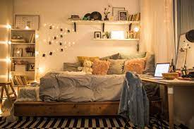 easy dorm room decorating ideas for new