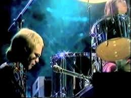 <b>Elton John</b> - <b>Madman</b> Across the Water (1971) Live at BBC Studios ...