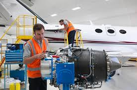 Play Aerospace Engineering And Operations Technician Free Airplane
