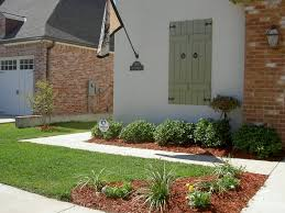 Front Landscaping Photo Yard Curb Appeal | Help with Curb Appeal - Small Front  Yard -