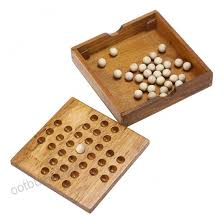 Wooden Peg Solitaire Game Sumnacon Wooden Peg Solitaire Board Game Mini High Q Brain Teaser 76