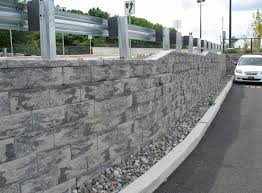 best landscaping retaining wall blocks