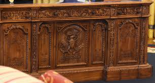 oval office resolute desk. Clinton Presidential Library \u0026 Museum (Oval Office \u2013 Resolute Desk And Riser), Little Rock, AR 2106-08-28 Oval