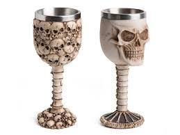 skull wineglass