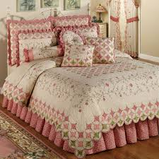 plain bedding coras garden quilt set ivory to bedding sets