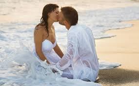 romantic couple pictures whatsapp