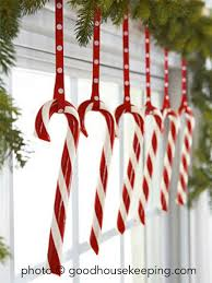 Decorating Christmas Trees With Candy Cane And Dove Coloring Pages Christmas Tree With Candy Canes
