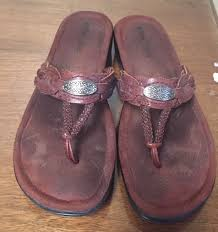 details about women s minnetonka brown braided leather sandals size 8