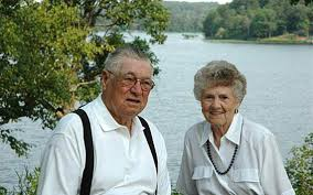 ANNIVERSARY: Lowell and Donna (Holt) Lande | Grand Forks Herald