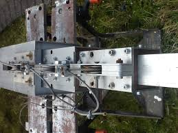 the mount and cradle is constructed from unistruct channel just cut and bolt
