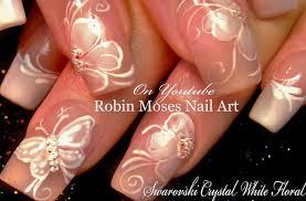 Robin Moses Nail Art: Elegant White Flower Nails