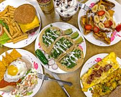 Order Muchy's Breakfast & Seafood Cafe ...