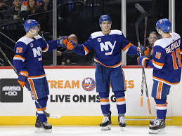 It includes players that have played at least one regular season or playoff game for the edmonton oilers (or the alberta oilers, as they were known in their inaugural season). Islanders 5 Oilers 2 En Two Points Are Two Points Lighthouse Hockey