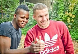 Schaut auch auf meine homepage: Lukas Podolski Foundation United Charity Auktionen Fur Kinder In Not