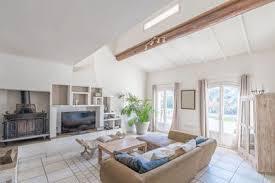 Maison à Vendre Hauteur Sous Plafond Piscine