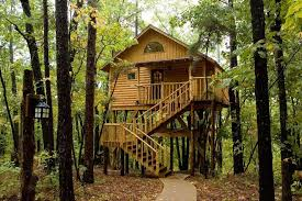 Holiday Home The Treehouse Conwy UK  BookingcomTreehouse Lake District