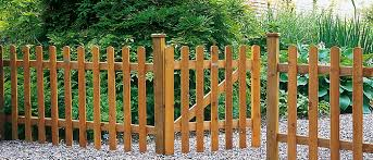 garden fence. Understanding How To Install Garden Fencing Doesn\u0027t Need Be Difficult. Put Simply, You Fence Posts At Distances Apart Equal The Size Of Your