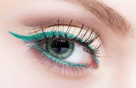you don t need loads of makeup time or plicated techniques to highlight your features add these 10 simple eye makeup styles to your beauty nal for