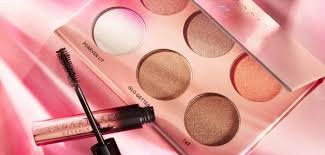 <b>Anastasia Beverly Hills</b> | Make Up | Cult Beauty