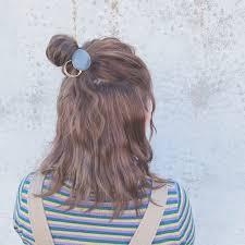 ポンっと乗せればほら完成簡単可愛いヘアカフスアレンジ術を習得し