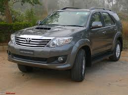 Review: 2011 Toyota Fortuner 4x2 (MT & AT) - Team-BHP