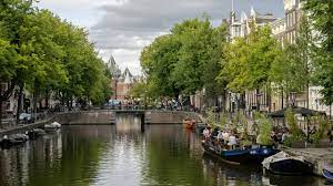 Hollanda'da sokağa çıkma kısıtlaması sona erdi - Son Dakika Haberleri