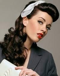 Atraktivní 1950 Pin Up účesy Pro Dlouhé Vlasy