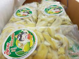 เจ๊หงษ์มะม่วงแช่อิ่ม • ปัจจุบัน เปลี่ยนแพคกิ้ง เป็นถุงซีลแล้วนะครับ  หิ้วง่ายไม่ต้องกลัวแตก สามารถหิ้วขึ ร้าน เจ๊หงษ์มะม่วงแช่อิ่ม ถนนสามชัย  ตัวเมืองหาดใหญ่ - Wongnai