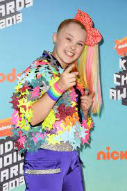 """JoJo Siwa Says Coming Out Is """"The First ..."""