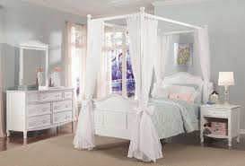 Full Size Canopy Bed For Girl — Bearpath Acres : Super Romantic ...