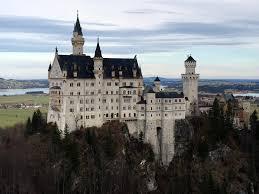 the est way to see neuschwanstein castle