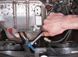 replace oxygen sensor o2 sensor circuit replacement how to replace an oxygen sensor saturday mechanic